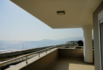Fully furnished apartments in Kestel just by the beach