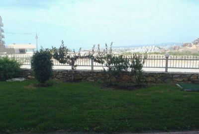 Viehättävä puutarhahuoneisto vuokrattavana Konaklissa