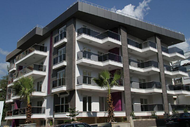 City lights apartments alanya for Big city apartments